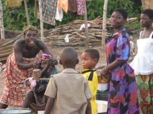dagelijks leven in het dorp in Ghana